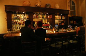 Romantic-and-Classic-Bar-Interior-Design-of-Fino-Ristorante-and-Bar-California
